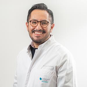 Dr. Karol Uscamaita